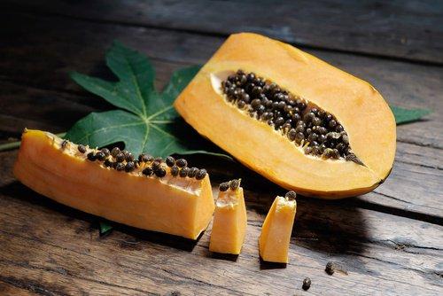 Papaína-Responsable-de-la-bondades-de-la-papaya-500x334
