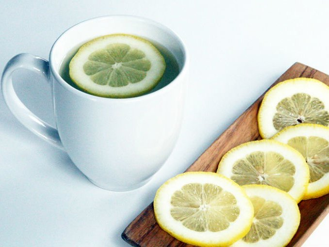 agua_tibia_con_limon