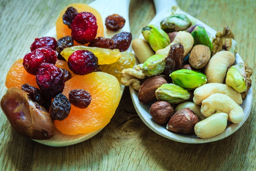 Fruta-desecada-para-los-huesos-500x334