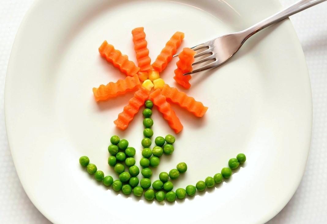 Vuelven-las-legumbres-en-verano_Alimmenta-1068x733