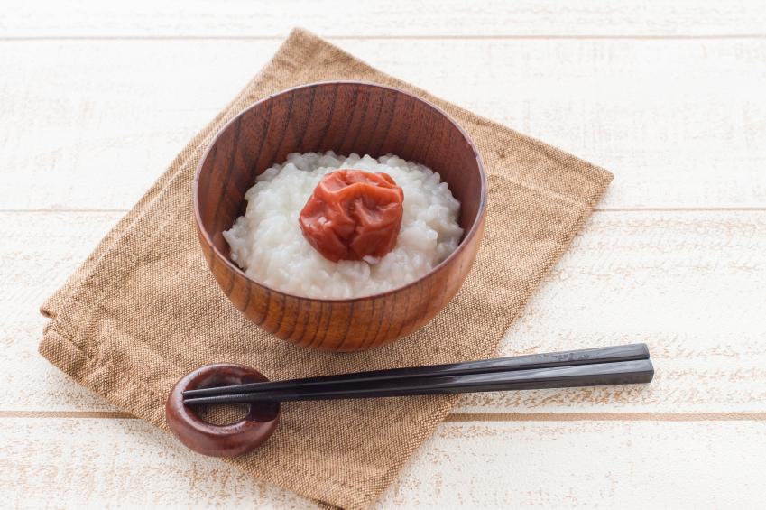 ciruela Umeboshi con arroz
